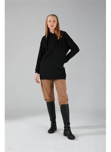 Mizalle Üç İpllik Cepli Siyah Sweatshirt Siyah